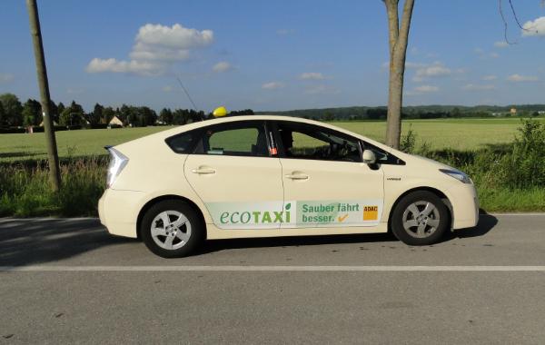 Toyota Hybrid-Taxi