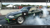 Elektrischer Mazda MX-5 rast dem Tesla Model S davon