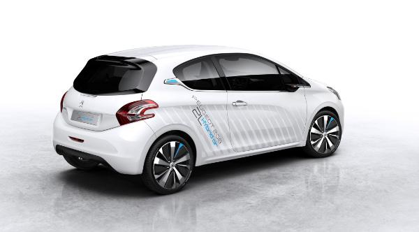 Zwei-Liter-Auto: Peugeot 208 HYbrid Air 2L