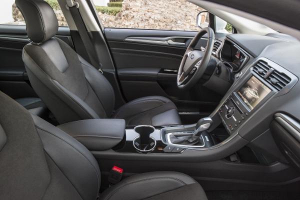 Ford Mondeo Hybrid - Interieur