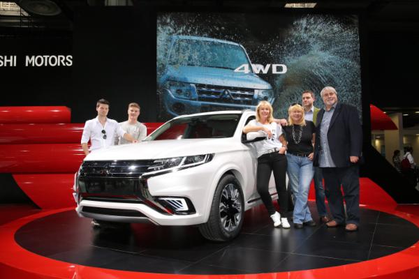 Gewinner mit dem Mitsubishi Outlander PHEV Concept-S