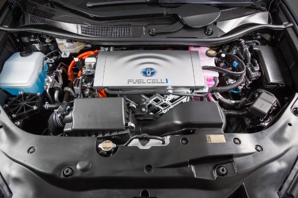 Toyota Mirai - Brennstoffzellenantrieb