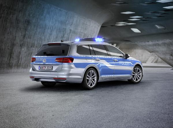VW Passat GTE Polizeifahrzeug (Studie)