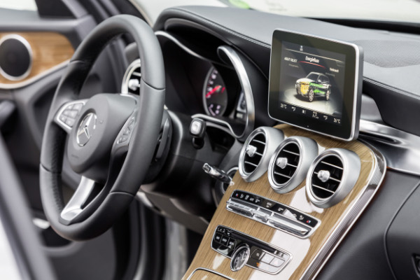 Mercedes-Benz C 350 Plug-In Hybrid (Cockpit)