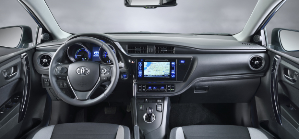 2015er Toyota Auris - Innenraum