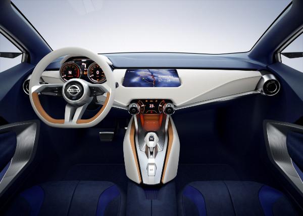 Nissan Sway - Innenraum