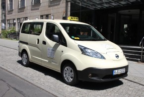Unter den Vans ist der Nissan e-NV200 das Taxi des Jahres 2015