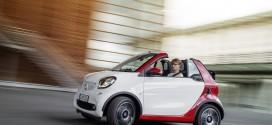 Neues smart fortwo cabrio feiert auf der IAA 2015 seine Weltpremiere