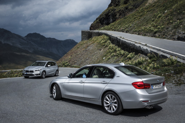 BMW 225xe und BMW 330e
