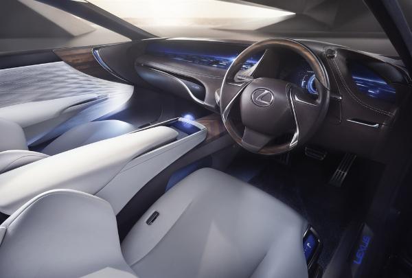 Lexus LF-FC Concept-Car - Innenraum Fahrer