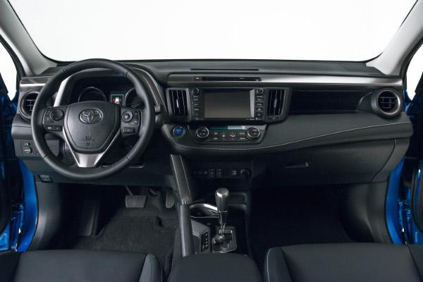 2016 Toyota RAV4 Hybrid - Cockpit