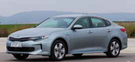 Kia Optima Plug-in-Hybrid feiert in Genf seine Europapremiere