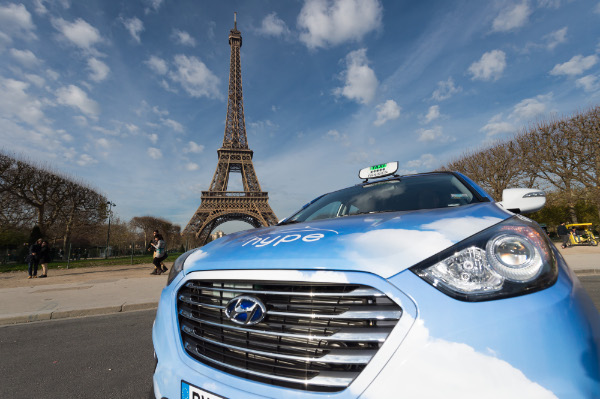 Hyundai Fuel Cell Taxi in Paris