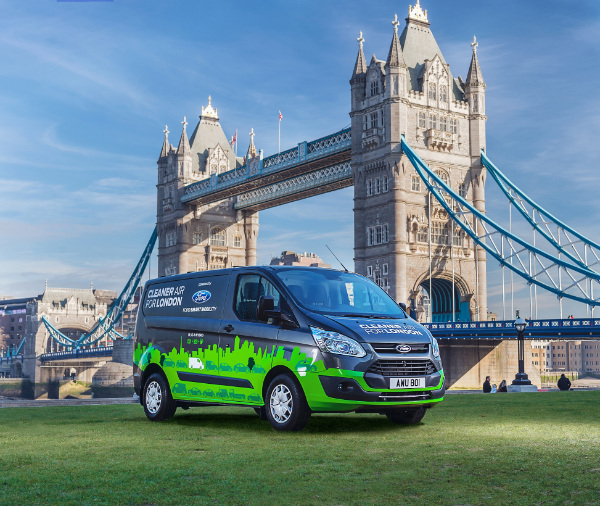 Ford Transit Custom Plug-In-Hybrid in London