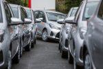 Zehn Toyota Yaris Hybrid von cambio
