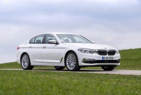 BMW setzt im September 2017 erstmals mehr als 10.000 elektrifizierte Autos ab
