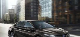 Inklusive Toyota Camry Hybrid: Meistverkaufte Mittelklasse-Limousine der Welt kommt zurück