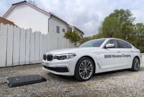 BMW 530e iPerformance jetzt mit Wireless Charging Option bestellbar