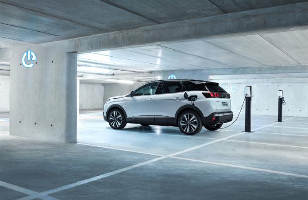 Neuer Peugeot 3008 mit Plug-In-Hybridantrieb