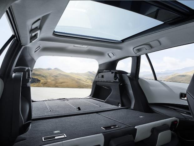 Toyota Corolla Touring Sports - Riesiger Kofferraum