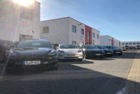 Elektroauto-Vermietung nextmove erhält erste Tesla Model 3 Fahrzeuge