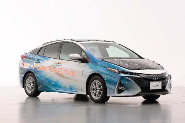 Toyota Prius Plug-In-Hybrid mit Solarzellen