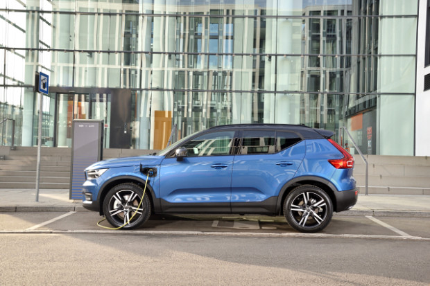 Volvo XC40 T5 Twin Engine - Plug-In Hybrid beim Laden