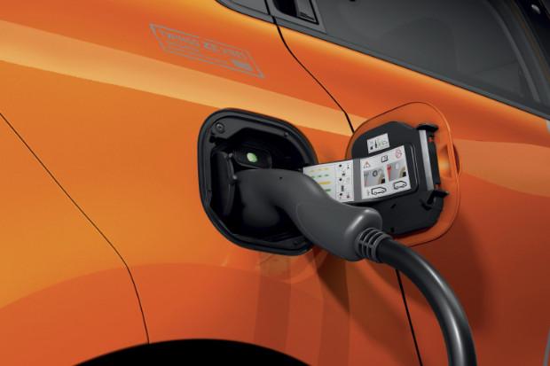 Renault Twingo Z.E. - Aufladen des Elektroautos