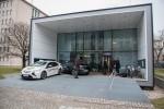 Zwei Opel Ampera für emissionsfreie Mobilität der Bewohner des Effizienzhauses Plus in Berlin