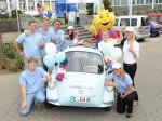Der E-Oldie wirbt für die Ausbildung bei RWE und sammelt auf seiner Tour Stofftierspenden für krebskranke Kinder