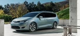 2017 Chrysler Pacifica: Der erste amerikanische Plug-In Hybrid Minivan