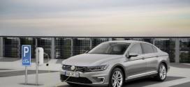 Die bessere Alternative: VW eco up! und Passat GTE sind Auto Test Umweltsieger 2016