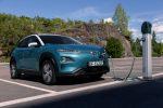 Hyundai Kona Elektro an der Ladestation