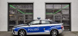 Zwei Toyota Mirai Brennstoffzellenautos für die Berliner Polizei